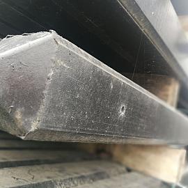 Restpartij Betonpaal Roccia Nero 10x10x280 cm hoek