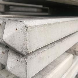 Restpartij Betonpaal Classico Pallido 10x10x280 cm tussen