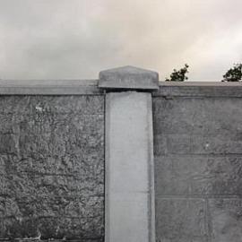 Betonnen afdekmuts Tussen t.b.v. de betonpalen Antraciet