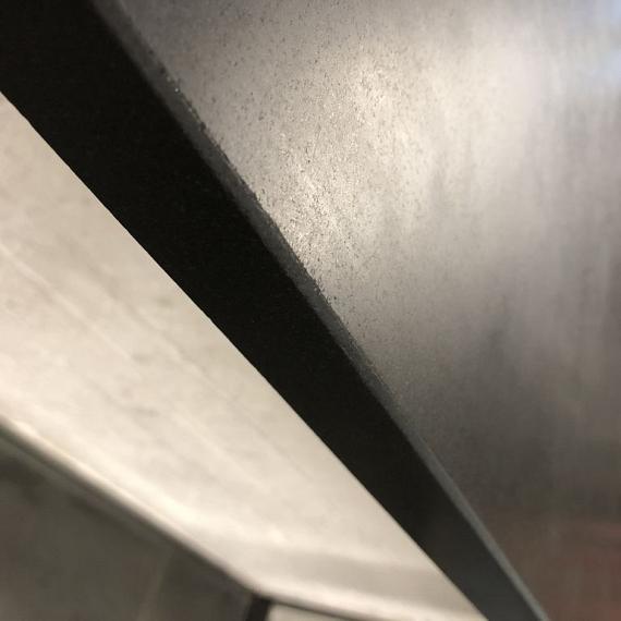 Vijverrand Imperial Black gezoet met facet 3x30x100 cm N